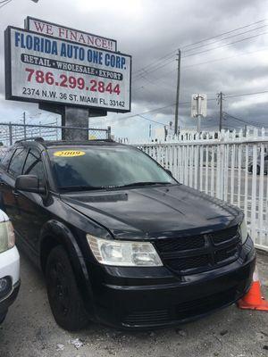 2009 Dodge Journey Black RUNS GREAT for Sale in Miami, FL