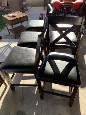 Kitchen table and 6 chairs for Sale in Las Vegas, NV