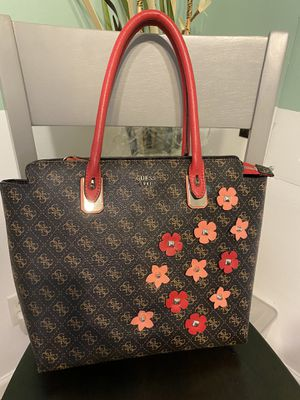Guess Tote Bag for Sale in Medford, NY