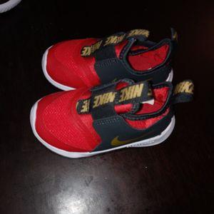 Toddler Nike Flex Sice 6c for Sale in Wichita, KS