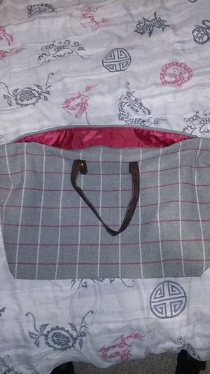 Gray Duffle Bag for Sale in Peoria, AZ