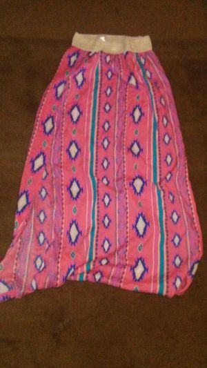 Maxi skirt and a crop top for Sale in Sanger, CA