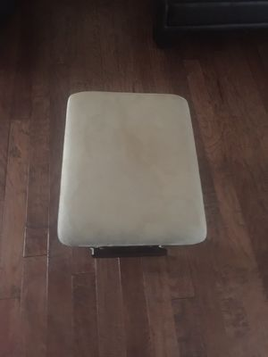 Tan Ottoman for Sale in Columbus, OH