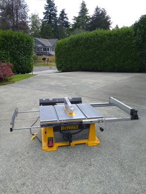 """DEWALT 10"""" TABLE SAW • EXCELLENT WORKING CONDITION ★ $195 FIRM NO OFFERS ★ for Sale in SeaTac, WA"""