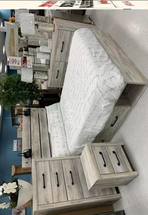 🍀Best Deals SPECIAL] Cambeck Whitewash Storage Platform Bedroom Set Queen size for Sale in Columbia, MD