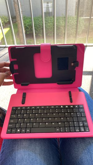 KINDLE TABLET CASE WITH KEYBOARD. for Sale in Orlando, FL