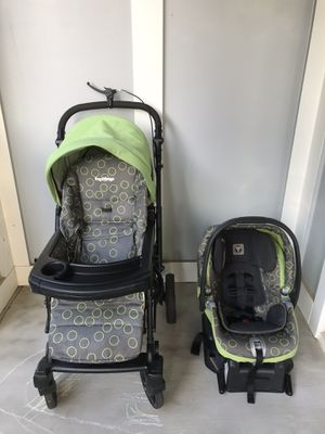 Peg Perego stroller & car seat with base for Sale in Charlotte, NC
