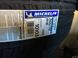 Tires Michelin Defender for Sale in Germantown, MD