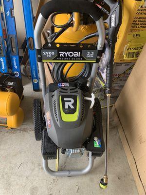 2900psi gas pressure washer for Sale in Dallas, TX