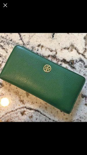 Tory Burch wallet for Sale in Dallas, TX