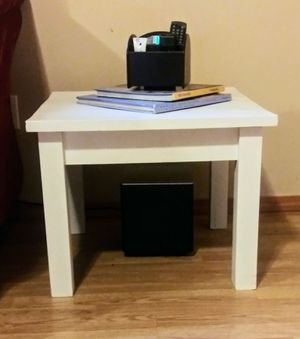 White End Tables- Set of 2 for Sale in Darrington, WA
