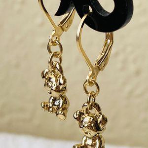 18k Gold Girls Piggy Earrings for Sale in Houston, TX