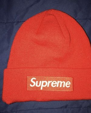 Supreme beanie without tags for Sale in NO HUNTINGDON, PA