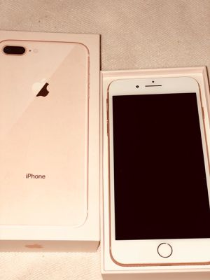 iPhone 8 Plus unlocked for Sale in Pompano Beach, FL