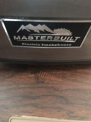 Masterbuilt electric smoker... for Sale in Dublin, GA