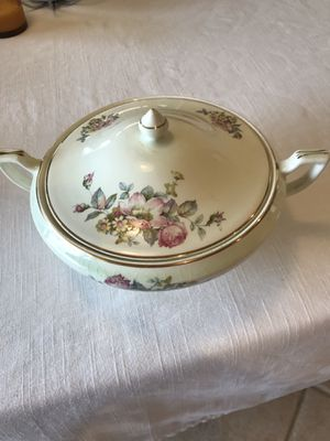 Antique bowl. for Sale in Palm Beach Gardens, FL