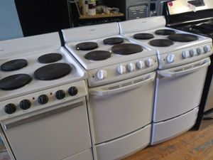 20 inch apartment size electric stoves for Sale in Cleveland, OH