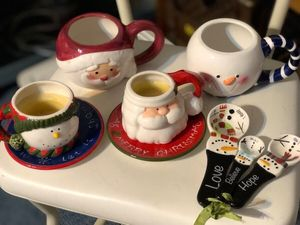 Christmas cups, candles, and measuring spoons for Sale in Smyrna, TN