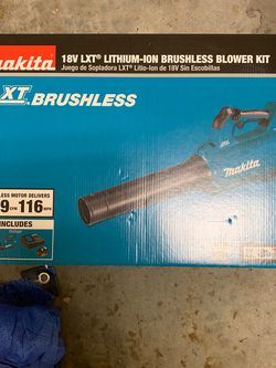 Makita Blower Charger N Battery Included for Sale in Fort Myers,  FL