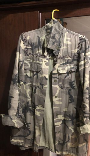 Zara camo shirt jacket for Sale in San Francisco, CA