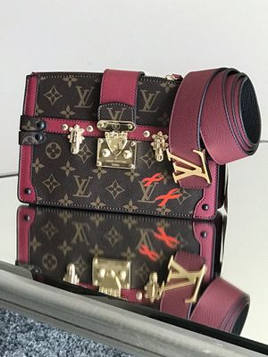 Leather Louis Vuitton purse for Sale in Takoma Park, MD