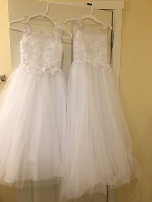 Flower girl dress size 6/7 and 8/9(might fit 10 if on smaller side) for Sale in Auburn, WA