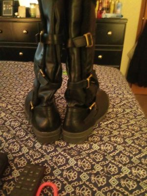 Black Boots Size 9 for Sale in Tacoma, WA