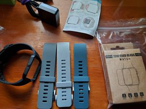 Fitbit blaze (3 extra bands, tempered glass screen protectors, chargers, and 2 small cracks) for Sale in Norfolk, VA