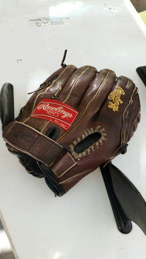 RAWLINGS BASEBALL GLOVE MITT SIZE 13 MLB SOFTBALL LITTLE LEAGUE for Sale in Rancho Cucamonga, CA