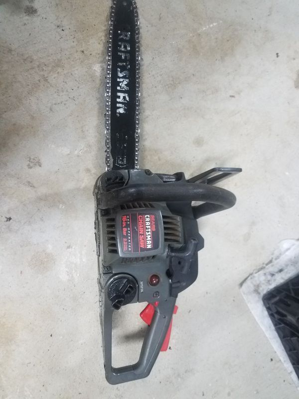 "Craftsman gas 2.2 cu.in. chainsaw with 16"" bar"
