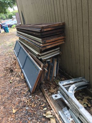 Wood Removal $40 for Sale in Vancouver, WA