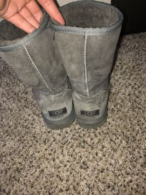 Uggs size 8 for Sale in Columbus, OH
