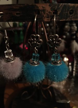 Hand made earrings, $3 dollars some for Sale in Elgin, IL
