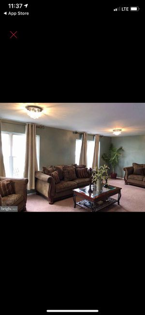4 piece living room set (chocolate) for Sale in Sicklerville, NJ