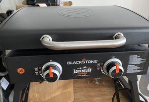 "Griddle Blackstone Adventure Ready 22"" with Hood, Legs, Adapter Hose for Sale in Westminster, CA"