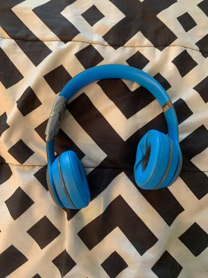 Beats solo 2 for Sale in Philadelphia, PA