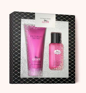 VS 2 piece fragrance Valentine's Day gift set for Sale in Perris, CA