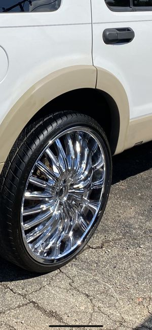 2006 Ford Explorer XLT v8 for Sale in Shelby Charter Township, MI
