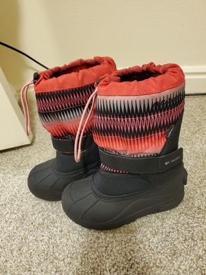 Columbia girl snow boots for Sale in Herriman, UT