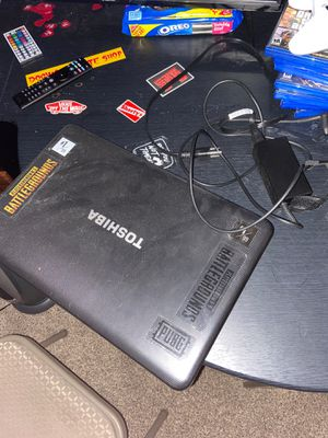 Toshiba Laptop (pickups only) for Sale in Bristol, PA