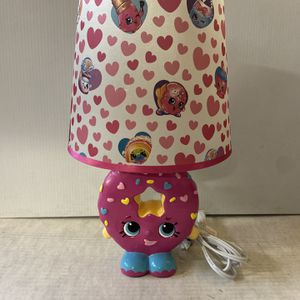 SHOPKINS D'Lish DONUT LAMP Pink W/ Sprinkles And A Smile for Sale in Vernon, CA