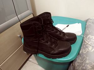 Steel toe boots ready for work!!!! for Sale in Coral Springs, FL
