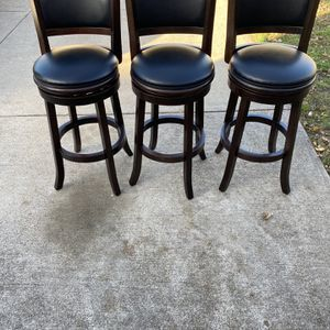 """3 Chairs 29"""" Wooden Swivel Bar Stools for Sale in Fort Worth, TX"""