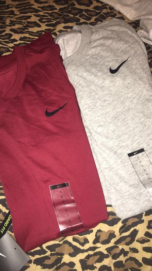 Large Nike Shirts Men for Sale in Fresno, CA