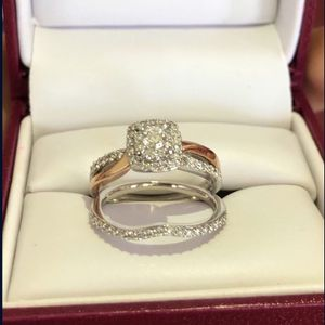 5/8 CT. Diamond Halo engagement ring set in 10K white and rose gold for Sale in Chandler, AZ