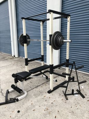 Home gym cage set for Sale in Oviedo, FL