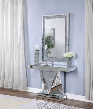 Console Table with mirror in special offer during San Valentines Day for Sale in Davenport, FL