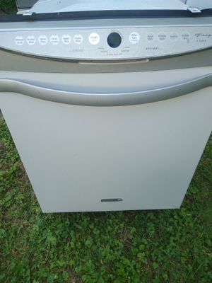 Frigidaire dishwasher excellent condition$160.00 for Sale in Columbia, TN
