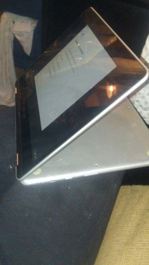 Samsung convertible chromebook laptop for Sale in Englewood, CO