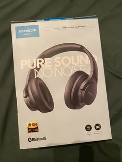 Soundcore by Anker WIRELESS NOISE CANCELING HEADPHONEs for Sale in Portland,  OR